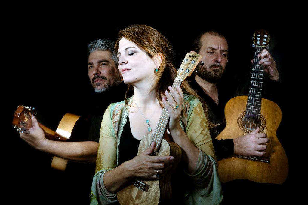 AGNÈS JAOUI – El trio de mis amores